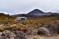 oturere hut tongariro northern circuit